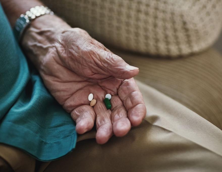 As vitaminas e seus benefícios para os idosos