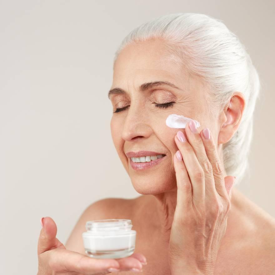 Cuidados com a pele na melhor idade
