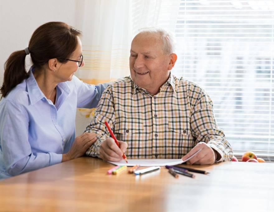 O que faz a terapia ocupacional para idosos?